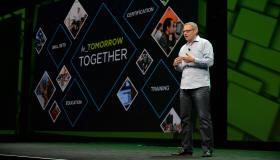 【现场】VMware发布全新跨云架构,助力客户实现云自由与控制